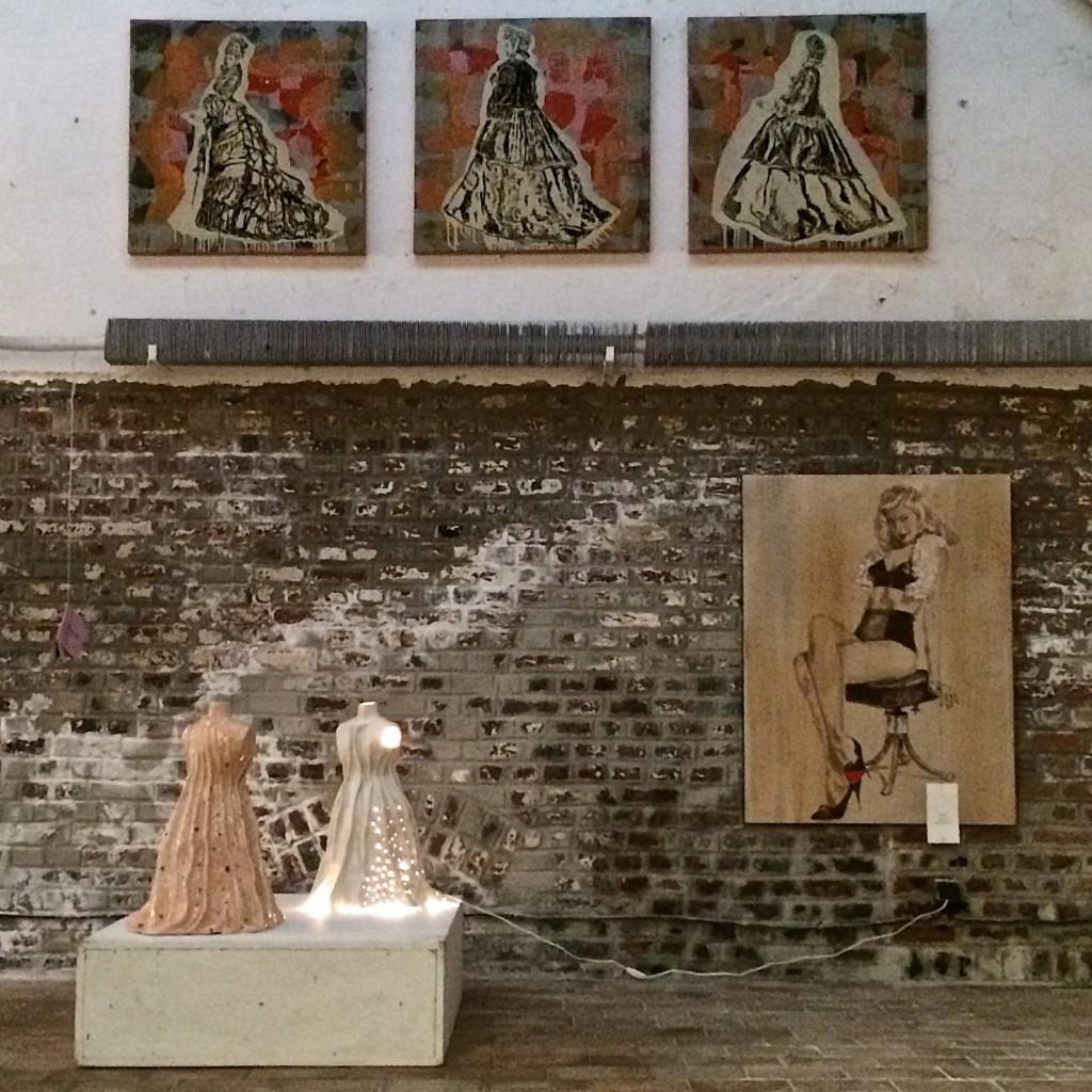 """Installation """"Cocottes et gratin"""" Galerie La PPGM, Roubaix, 2014"""
